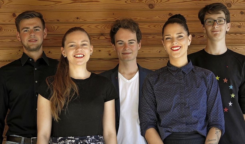 Thomas Böhringer, Juliana Bieg, Fritz ...bilden den neuen Jusos-Kreisvorstand.   | Foto: Jusos Lörrach