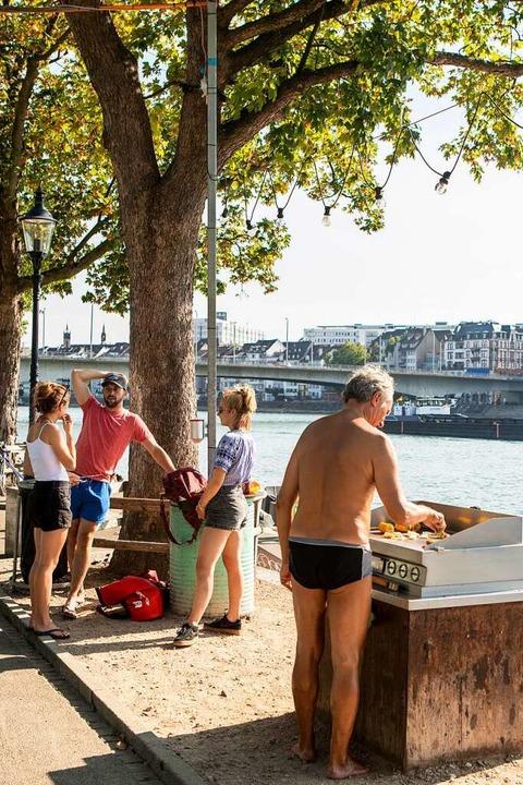 Am Rheinufer   | Foto: Joss Andres