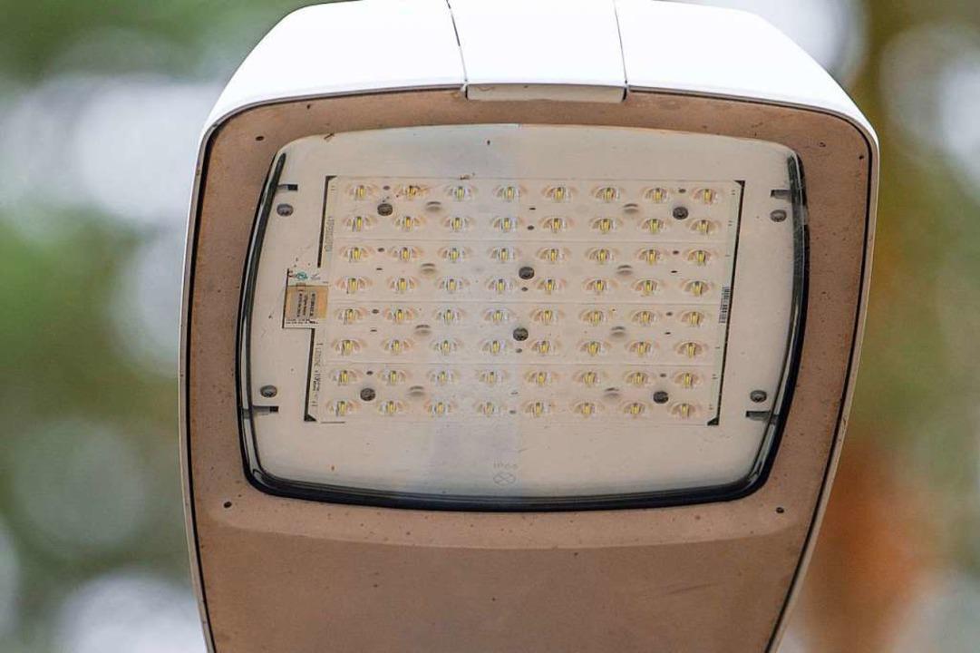 LED-Lampen leuchten ebenso hell wie ih...dants, verbrauchen aber weniger Strom.  | Foto: Uwe Anspach
