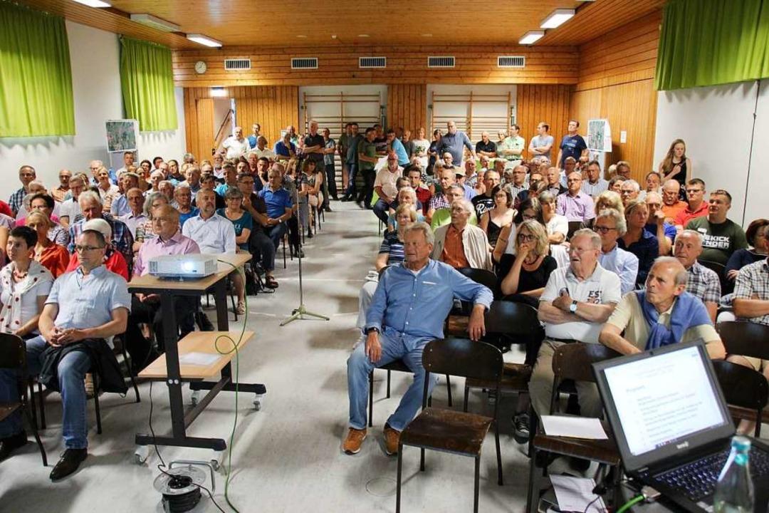 Das Interesse der Bürgerinnen und Bürger war groß.  | Foto: Mario Schöneberg