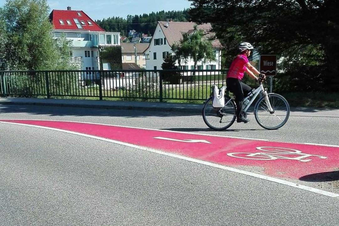 Radfahrer in Steinen leben gefährlich.  | Foto: BZ Gisela  Wilms