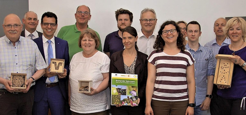 Die Teilnehmer am Projekt der Volksbank  | Foto: Wolfgang Beck