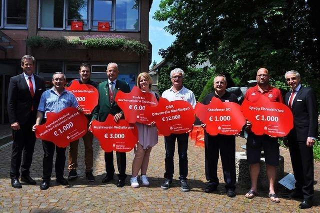 Die Sparkasse Staufen-Breisach prämiert sieben Vereine