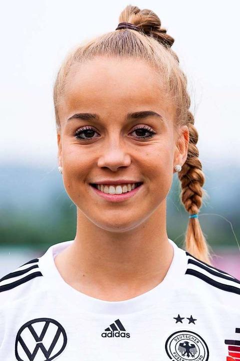 Giulia Gwinn (19),   Außenbahnspieleri...t richtungsweisend für das WM-Turnier.  | Foto: Sven Hoppe (dpa)