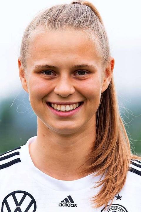 Klara Bühl (18), SC-Stürmerin, war der...keit beim Abschluss fehlt es ihr noch.  | Foto: Sven Hoppe (dpa)