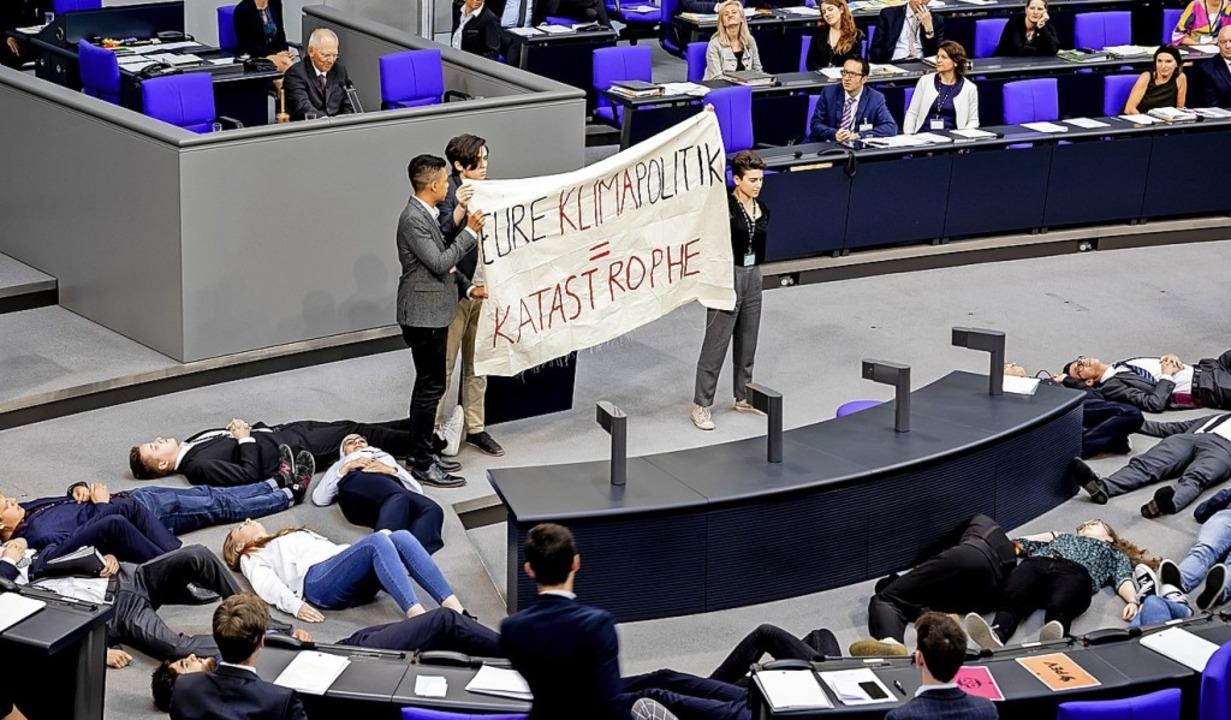 Protestaktion von Fridays for Future i...n zivilen Protest falsch eingeschätzt?  | Foto: Christoph Soeder (dpa)