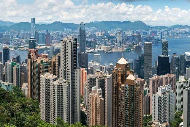 In Hongkong treffen asiatische Traditionen auf westliche Moderne