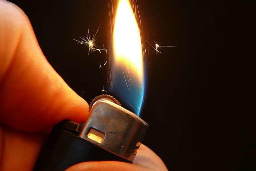 Der Fund eines Feuerzeugs hatte Folgen...ge Jungs beim Zündeln in Willstätt an.  | Foto: katzensteiner / fotolia.com