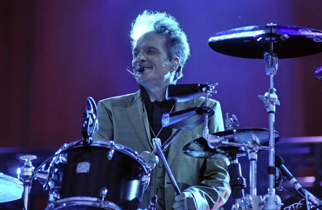 Bela B von den Ärzten am Schlagzeug   | Foto: Stefan Rother