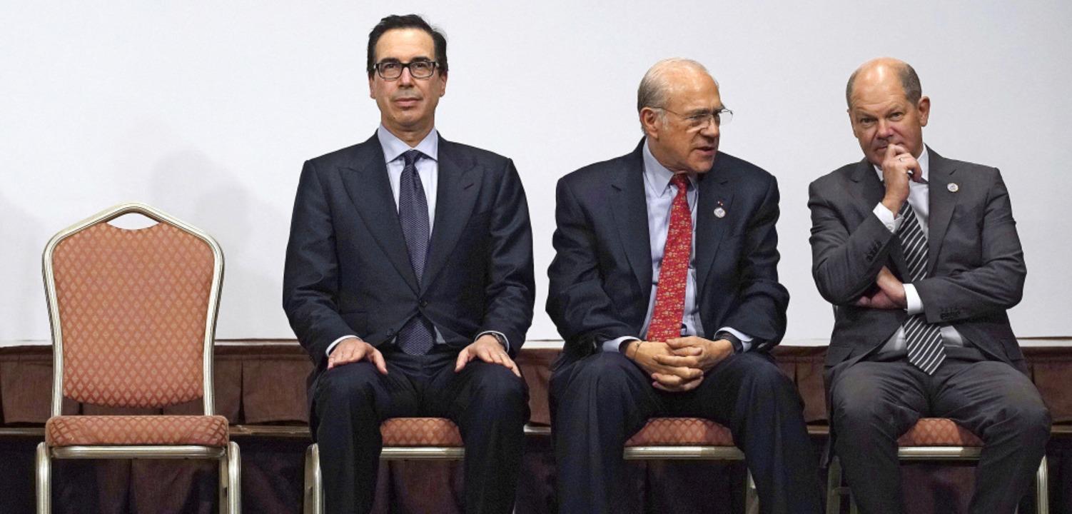 US-Finanzminister Steven Mnuchin, OECD...laf Scholz (SPD) in Fukuoka (v. links)  | Foto: Eugene Hoshiko (dpa)