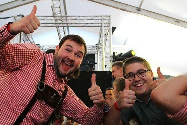 Mehr als 5000 Besucher kommen zum Pfingstfest der Rot-Weiß Stegen