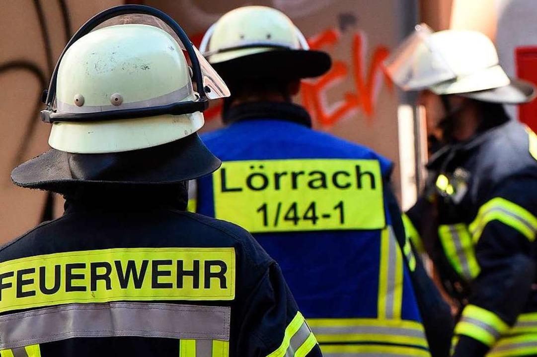 Die Feuerwehr musste in Lörrach eine brennende Gartenhütte löschen (SYmbolbild)  | Foto: Jonas Hirt