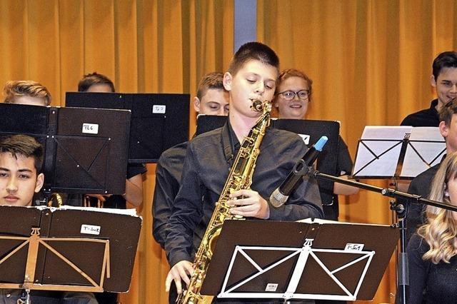 Schülerinnen und Schüler als Musiker und Dirigenten