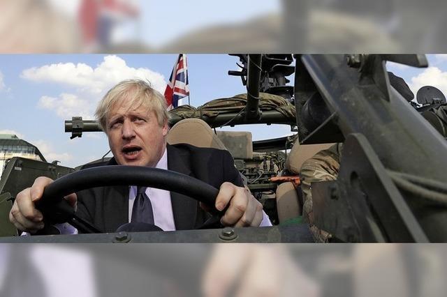 Gedränge vor Downing Street 10