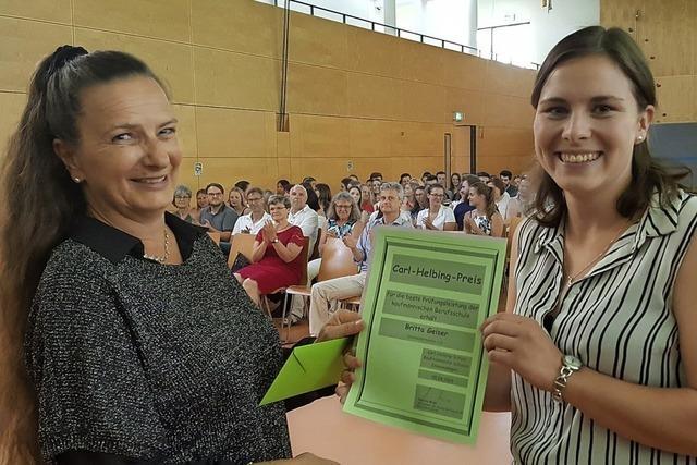 Britta Geiser gewinnt Carl-Helbing-Preis