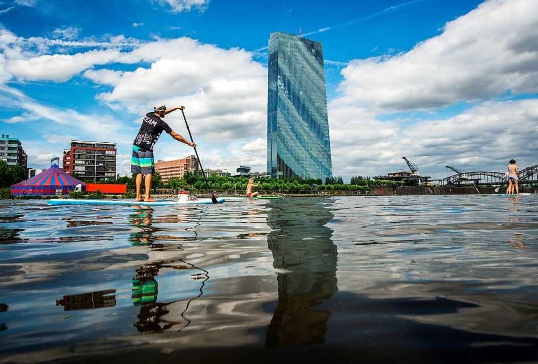 Stand up Paddling in Frankfurt  | Foto: Frank Rumpenhorst