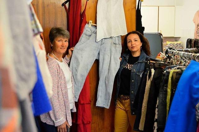 DRK-Kleiderladen mit günstigen Klamotten in Heitersheim läuft gut