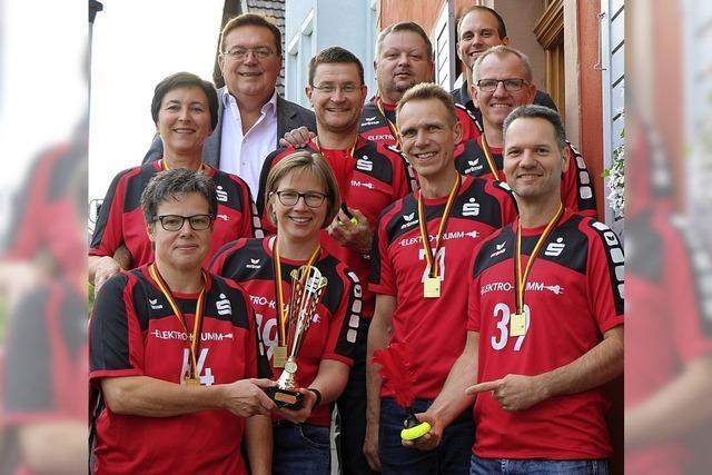 Indiaca-Mixed-Team wird für Meistertitel geehrt