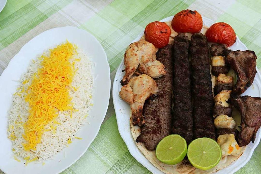 Zu fast jedem Gericht im Parsian Resta...wird mit Dampf gegarter Reis serviert.  | Foto: Hannes Selz