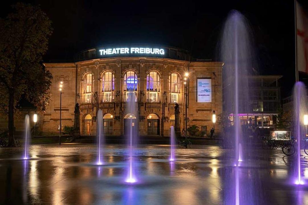 Ein Anziehungspunkt für viele Kulturli...us dem Umland: das Freiburger Theater.  | Foto: Michael Guess