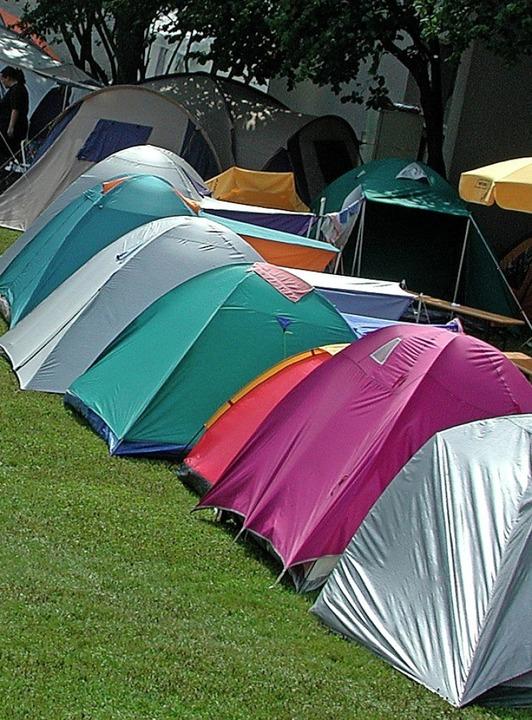Es muss ja nicht immer eine Fernreise ... oder Jugendfreizeiten und Zeltlager.     Foto: Sebastian Ehret