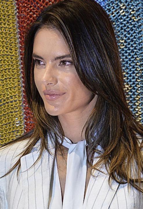 Topmodel Alessandra Ambrosio war auch da.   | Foto: Savera Kang