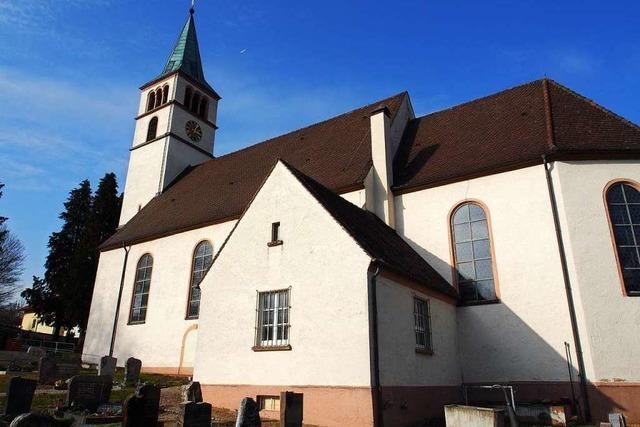 Die Dorfkirche in Minseln hat Risse im Chorgewölbe