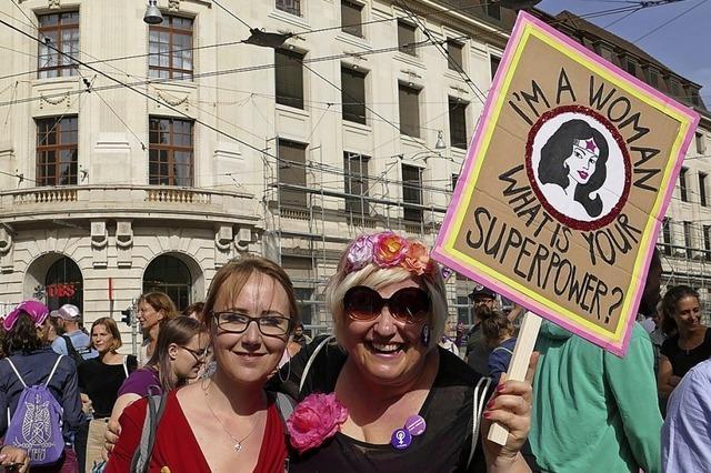 Frauen blockieren patriarchischen Alltag
