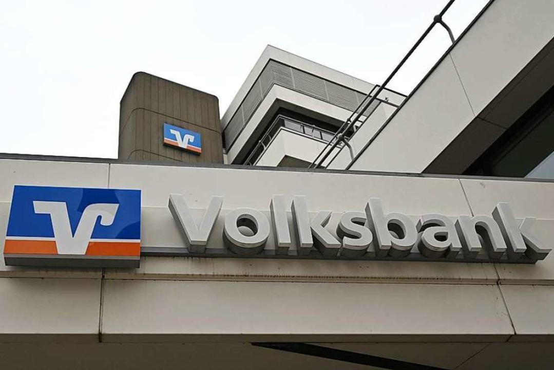 Derzeitiger Hauptsitz der Volksbank Fr...am alten Standort ein Neubau entsteht.  | Foto: Patrick Seeger (dpa)
