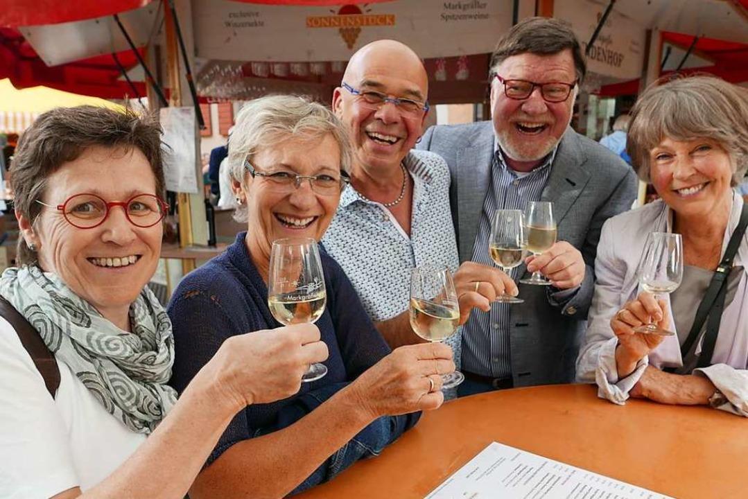 Bei Wein und Musik gibt es meist nur fröhliche Gesichter   | Foto: Hans-Peter Müller