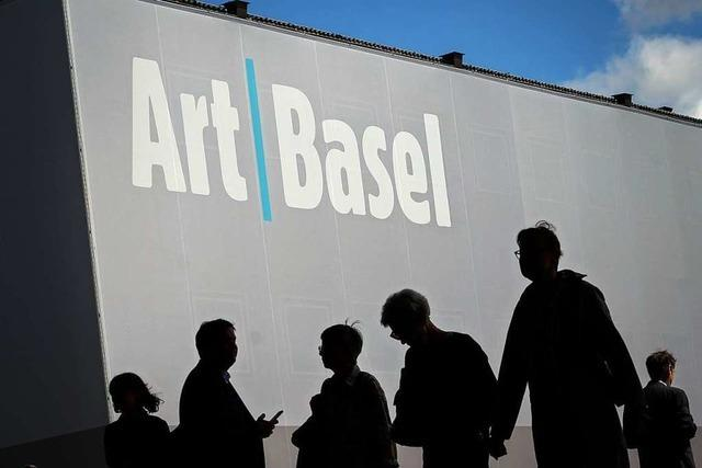 Dreijähriges Mädchen macht 50.000-Euro-Skulptur auf Art Basel kaputt