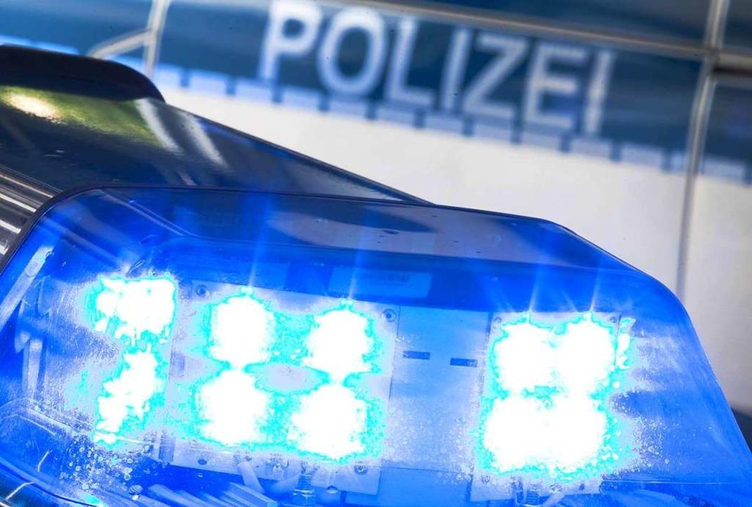 Die Polizei war im Einsatz.  | Foto: Friso Gentsch (dpa)