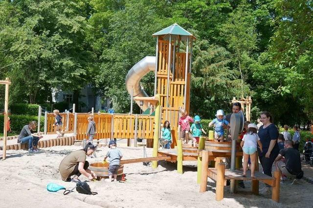 Der neue Spielplatz im Lörracher Rosenfelspark kommt gut an