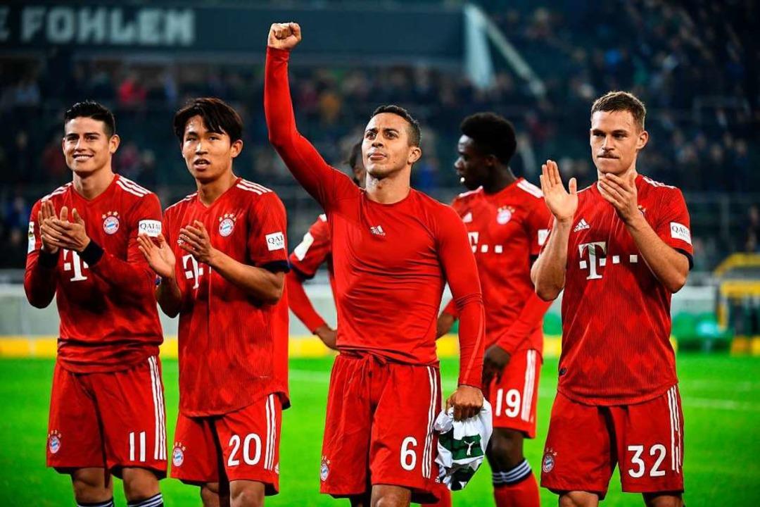Auch bei den Bayern-Profis kam Woo-Yeo...mit James, Thiago und Joshua Kimmich.   | Foto: Ina Fassbender