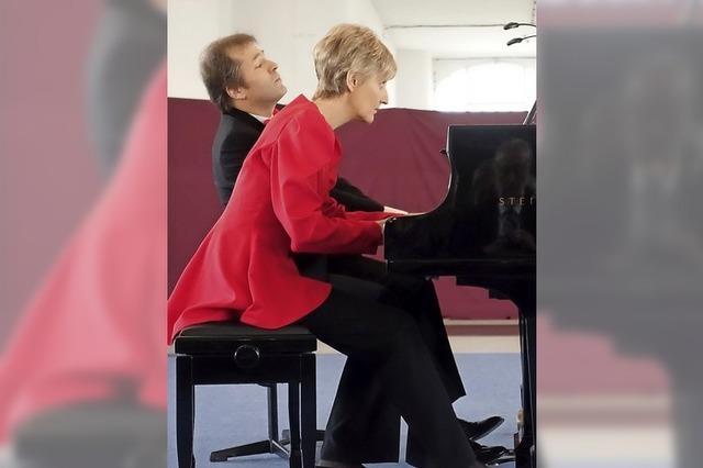 Klavierduo Egri & Pertis bei