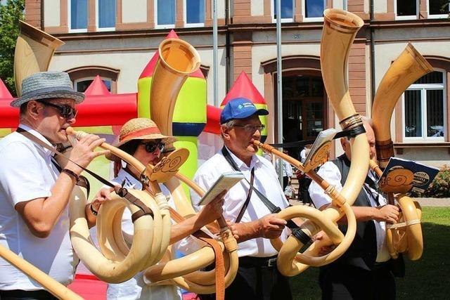 In Steinen wird ein Dorffest mit über 300 Musikanten gefeiert
