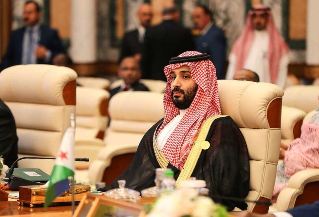Kronprinz Mohammed bin Salman war mehr...zieher der Bluttat verdächtigt worden.  | Foto: BANDAR ALDANDANI (AFP)