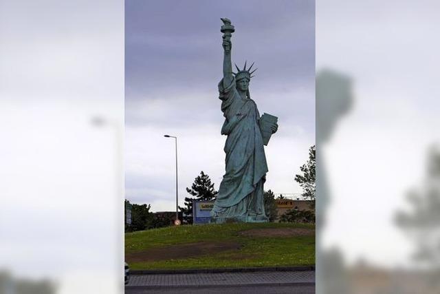 Der Mann hinter der Statue