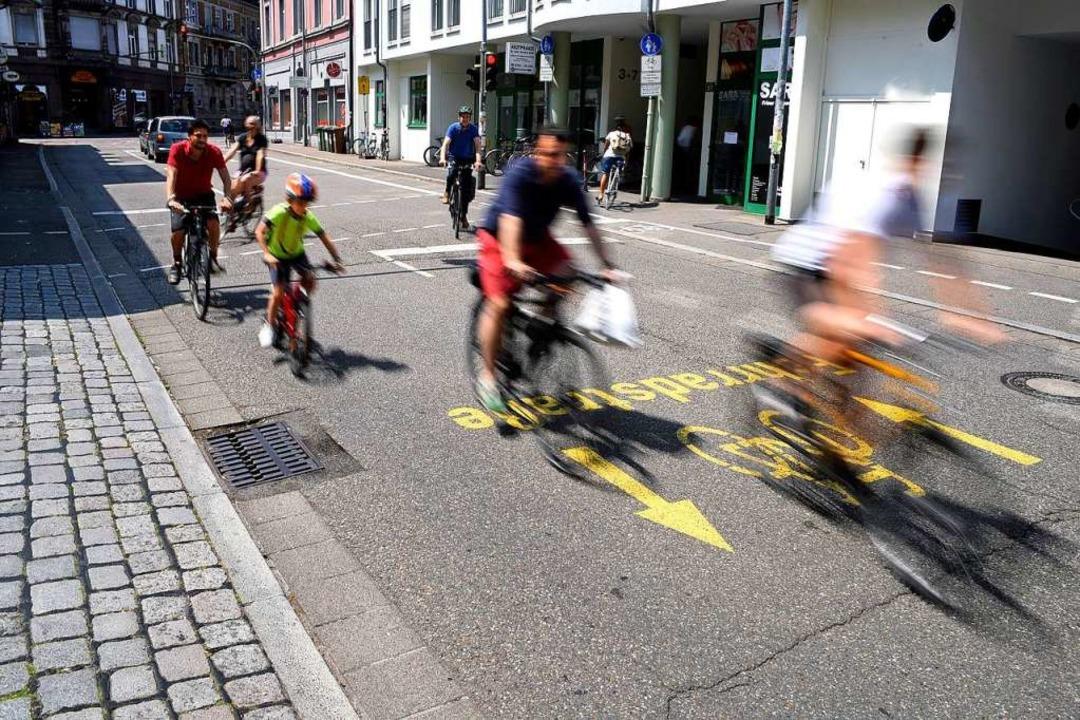 Viele Radfahrer von der Kartäuserstraß...ing zu gelangen – und umgekehrt.  | Foto: Thomas Kunz