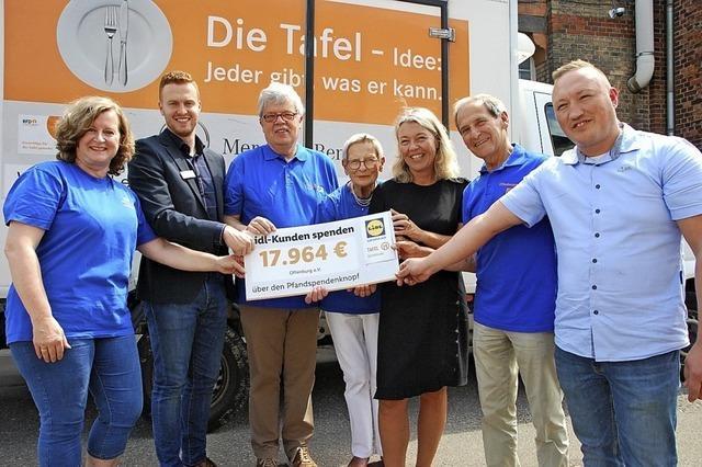 Lidl-Kunden spenden 17 964 Euro für die Tafel