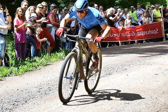 Fotos: 24-Stunden-Weltrekordversuch mit dem Mountainbike in Wehr