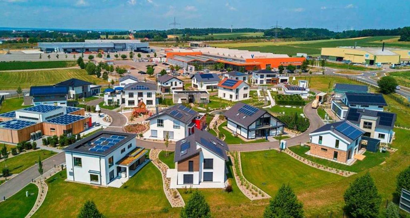Die Fertighaus-Welt Günzburg (Foto) is...och ein Welcome-Center gebaut werden.     Foto: Privat