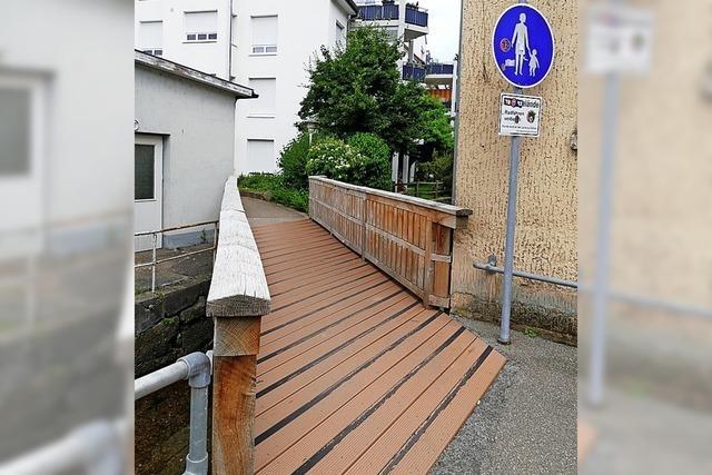 Rutschgefahr auf der Brücke reduzieren