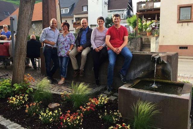 Anwohner haben Anlage des Rebstockbrunnen in Bötzingen verschönert