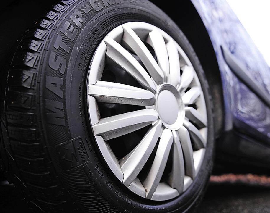 Wer Reifen und die Angaben auf ihnen r...#8211; auch im Sinne der Sicherheit.    | Foto: Nicolas Armer