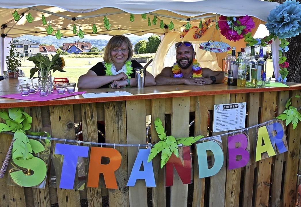 Aloha – an der Strandbar wird's  Cocktails geben.     Foto: Heinz und Monika Vollmar