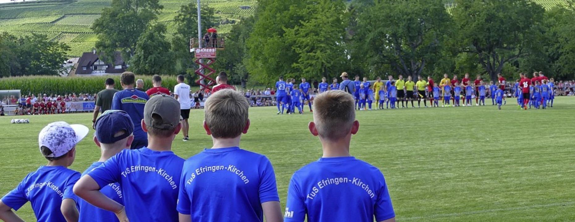 Der Nachwuchs ist für jeden Verein ein...der TuS für Kinder eine Fußballschule.  | Foto: Victoria Langelott