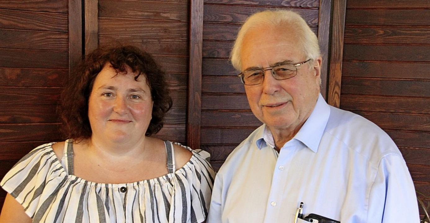 Carola Weber nahm von Bürgermeisterste...KB-Vorsitzenden Glückwünsche entgegen.  | Foto: Werner Schnabl