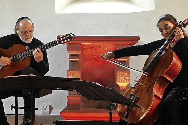 Virtuose Verbindung von Cello und Gitarre