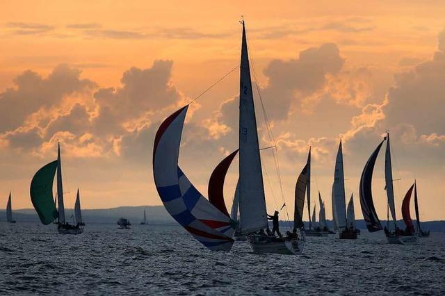 Mehr als 300 Boote bei Nachtregatta am Bodensee